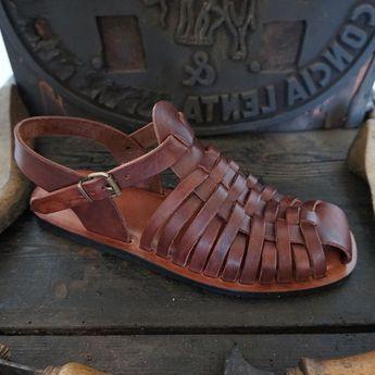 Sandalias hechas a mano y cuero verdura curten regalos hombre Mario, hombres de cuero artesanal personalizados sandalias hechas en Italia