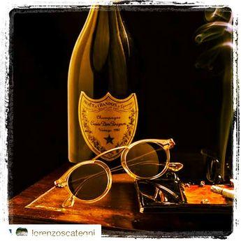 #Solamor #sun #instacool #instafashion #fashion #sunglasses #accessories #style #design #igers #love #instagood #follow #sunglasses #eyewear #blog #blogger #aboutlastnight #followme #igers #fashionvictim #accessories #summer #instagrammers #iphoneography #art #instafamous #ottica2emme #savignanosulrubicone #lunettesdeparis. Una storia francese....Solamor lunetes