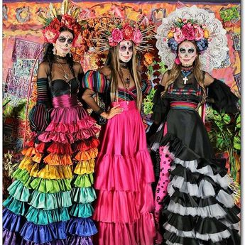 @lilylove213  De Colores!💖💜❤️🧡💛💚💙🖤💀🌸 How the Sariñana Sisters do Día De Los Muertos! C O L O R 😆 @sincerelyjules & @ @ari.sari.loves ♥️🌈What a fun DDLM at @hwdforever 🌸💀🌸I love that my sisters let me play dress up with them for this occasion. I've been wanting to do a super colorful look for DDLM . Every detail was made with tons of love and in honor of all the people I've lost in my life . ♥️ p/c📷 @kevinberruuu . . . . #DiadelosMuertos #DayOfTheDead #SugarSkull #DiaDeLosMuertos #