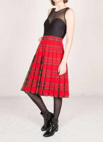 9d68f1c8ec7d Vintage Red Tartan Pleated Skirt / Midi Wool Skirt / High Waisted / Royal  Scottish /