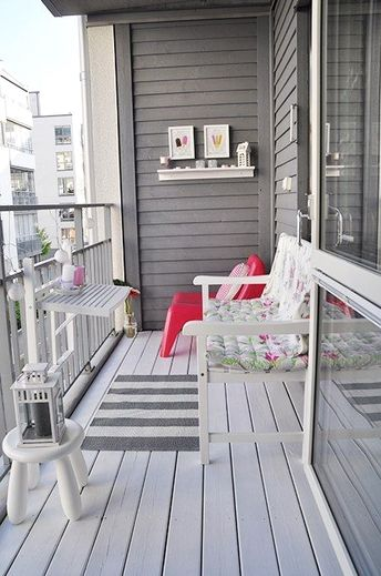 30 Comfy and Cozy Outdoor Balcony Decorating Ideas