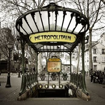 Paris in Two Days: Tips and Itineraries for Seeing the Best of Paris