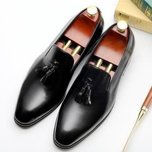 d28a70507ff5e Loafers Patent leather Men Slippers Bow Tie Moccasins Man Flats Wedding  Men's Dress Shoes Casual Shoes