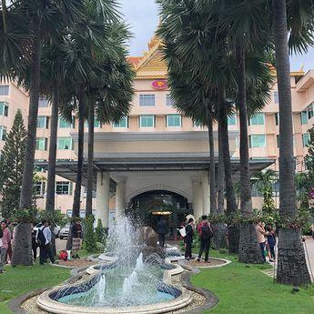 phnom penh hotel ボランティア前の1日滞在 . . . #phnompenh #phnompenhhotel #プノンペン#カンボジア #プノンペンホテル #l4l  phnom penh hotel ボランティア前の1日滞在 . . . #phnompenh #phnompenhhotel #プノンペン#カンボジア #プノンペンホテル #l4l #instagood #f4f #japanesegirl #cambodia