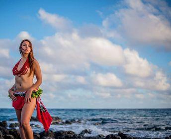 . . . . . . #fly #polinesia #red #tatoo #instagood #instalike #sky #oceanic #bl...