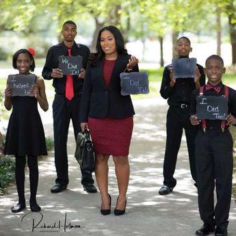 Mom whose graduation photos went viral passes bar exam