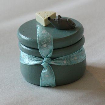 Petite boite à dents de lait de couleur bleu