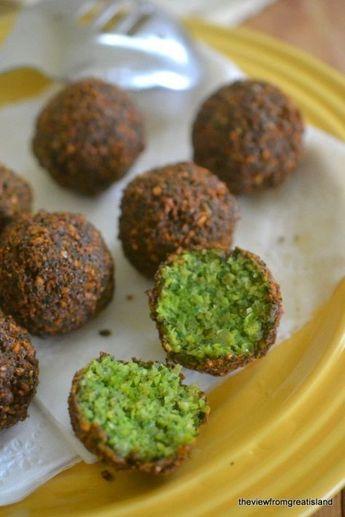 Falafel Lübnan mutfağının en sevilen yemeklerinden biridir. Arap mutfağı