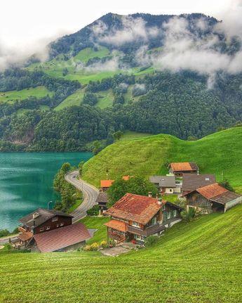 Peaceful villages ~ Lungern, Switzerland. Photo by @birdies.travels . . . . . . . . #traveldeals #paradisefound #igers #familyaffair…