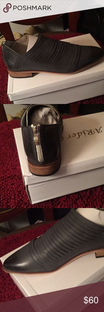 dc5d4948eb0 NEW Christian Louboutin Nude Alarc Spiked Heels 38 NWT