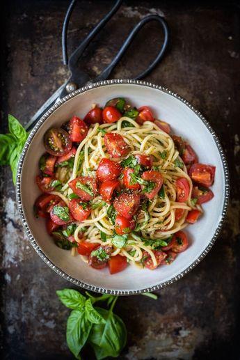 Pâtes aux tomates fraîches et basilic#Plats #deviande#Dinde#poulets#poissons#grille