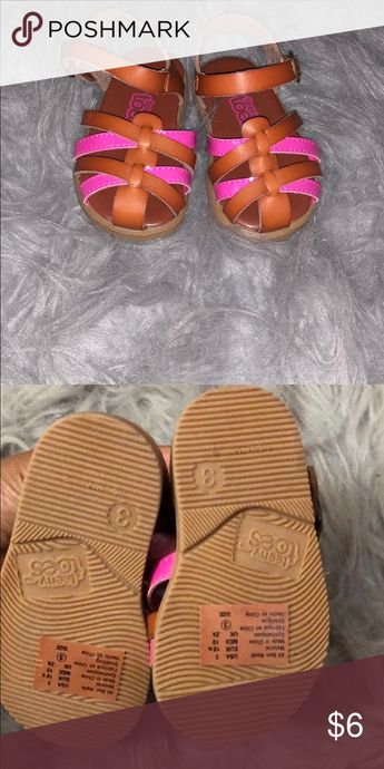 Baby girl sandals Never worn  Brown and pink Shoes Baby & Walker