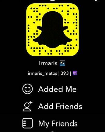 #snapchat #addme #followforfollow #yellow