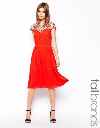 2dfffad1b69 Little Mistress Tall – Short midi dress with short sleeves and embroidered  details