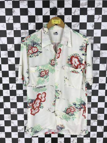 ba62b8b41 Vintage HAWAIIAN Aloha Shirt Women Small Floral Hibiscus Rockabilly Ukelele Hawaii  Shirt Palm Beach Summer Rayon