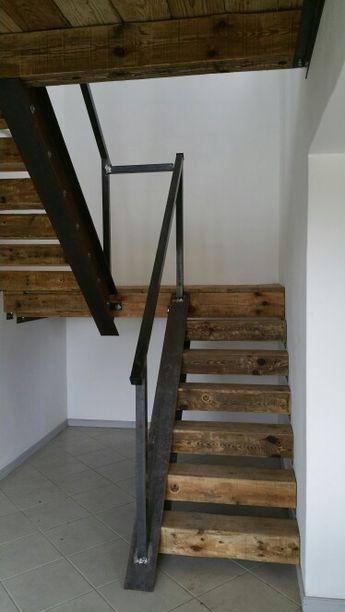 Idées d'escaliers et de portes pour une déco masculine avec un design industriel.