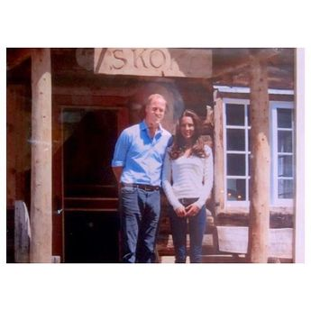 A photo I found last week that has not been widely seen of Will & Kate at Skoki Lodge in Canada in 2011. The owners took this photo :)
