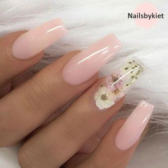 TheGlitterNail 🎀 Get inspired! @theglitternail Instagram ✨ REPOST - - • - - Pale Nude-Pink and Dried Flowers on long Coffin Nails ✨👌 - - • - - 📷 Picture and ... #yooying #acrylicnailart