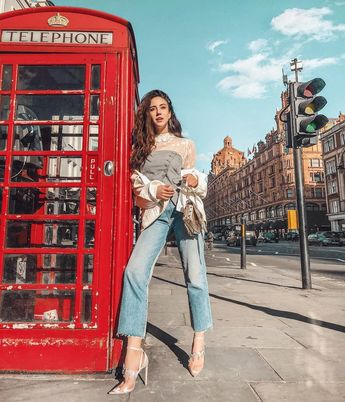 The 50 Best London Fashion Bloggers in 2018