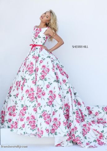 This is a perfect Easter dress in my opinion! Sherri Hill