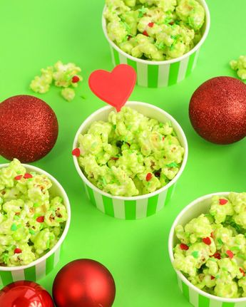 Grinch Popcorn Recipe - Easy Christmas Party Idea! [With Red Hearts!]