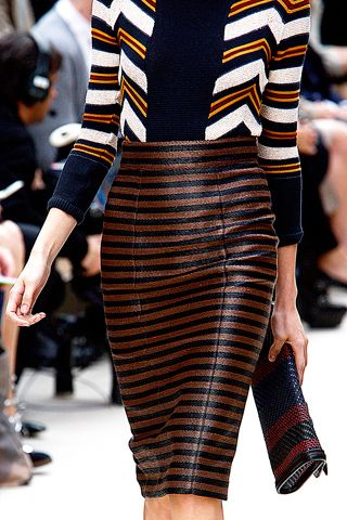 Burberry Prorsum ready-to-wear Spring 2012. Yes Burberry, mix those stripes. Also, I need more pencil skirts in my life.
