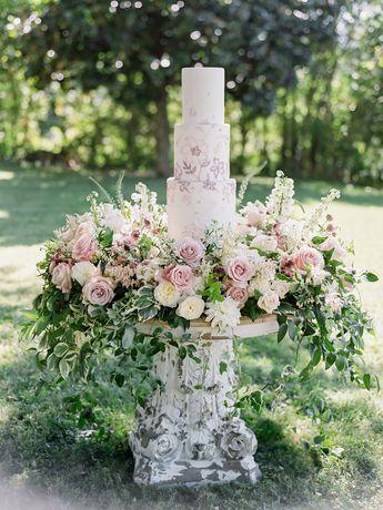 When a Florist Designs Her OWN Wedding...Umm, Wow.