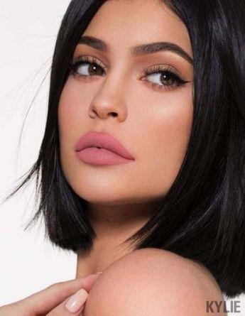 40 Trendy Makeup Looks Kylie Jenner Eyebrows #makeup