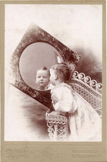 Into the mirror.. CDV