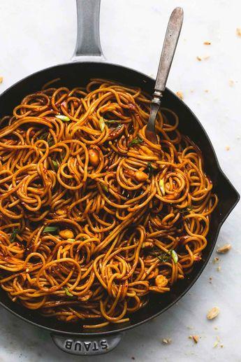 Spicy Kung Pao Nudeln | lecremedelacrumb.com