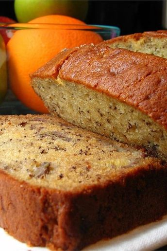 """Janet's Rich Banana Bread 