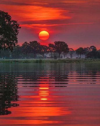 Ruby Sunset #BeautifulNature #NaturePhotography #Nature #Photography #Sunset #Reflections