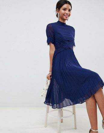 156869cf5ab Lace Waist and Cuff Pleated Midi Dress