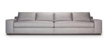 A Rudin Sofa 2859 Onde Comprar Sofas Baratos Em Portugal I Like The Wood Frame And Legs On This 2742