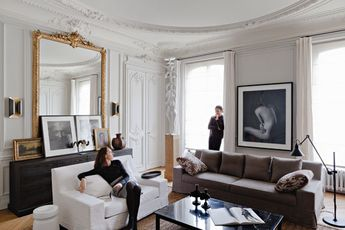 Since I know not everyone is interested in my Parisian slideshow, I thought I'd mix things up. Of course, I have Paris on the brain so we're not getting too far afield. I posted some pics of the Paris apartment of designers Patrick Gilles and Dorothee Boissier of Gilles et Boissier a little while back […]