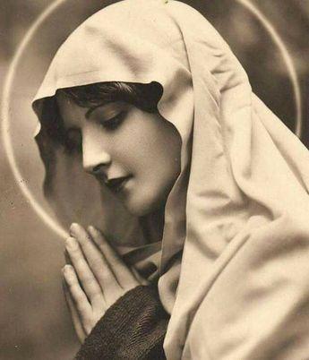 Oración a la virgen María para pedir un favor en momentos de desesperación – VIRGEN MARÍA AUXILIADORA
