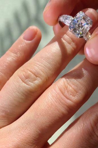 4.77 CARAT ASSCHER CUT DIAMOND ART DECO VINTAGE ENGAGEMENT RING