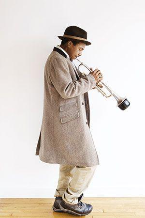 Roy Hargrove Quintet : Le trompettiste Roy Hargrove s'est établi comme l'un des plus importants musiciens de jazz de la « nouvelle génération ». Toujours là où on ne l'attend pas, Roy Hargrove, virtuose et novateur, distille ses manifestes sonores en inventant et réinventant. Quand il retourne à ses premières amours en jazz acoustique à la tête de son flamboyant quintet post bop teinté de groove, le niveau créatif atteint dépasse tout ce que l'on a entendu ces derniers temps grâce au mélange...
