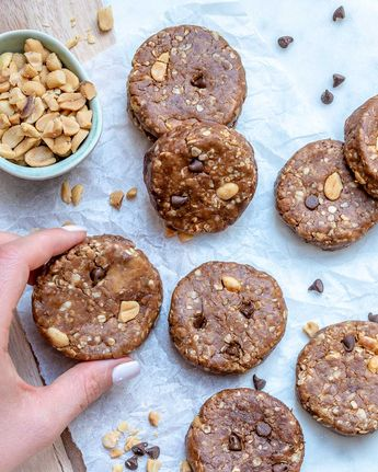 No-Bake Chocolate Chip Peanut Butter Cookies