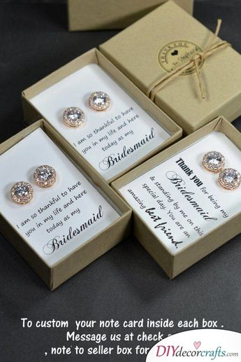 Glamorous Earrings - Gift Ideas for Your Bridesmaids