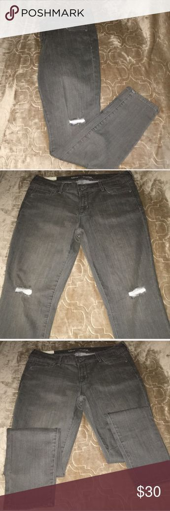5e7b61232bd Old Navy Gray Ripped Low Rise Rockstar jean New With Tags Size 14 Regular  Ripped at