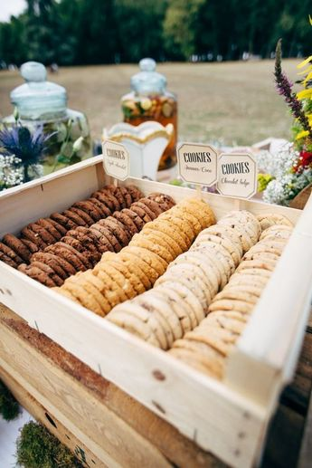 30 Trendy Wedding S'more, Cookies & Milk Bar Ideas