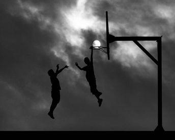 14.) Epic dunk.