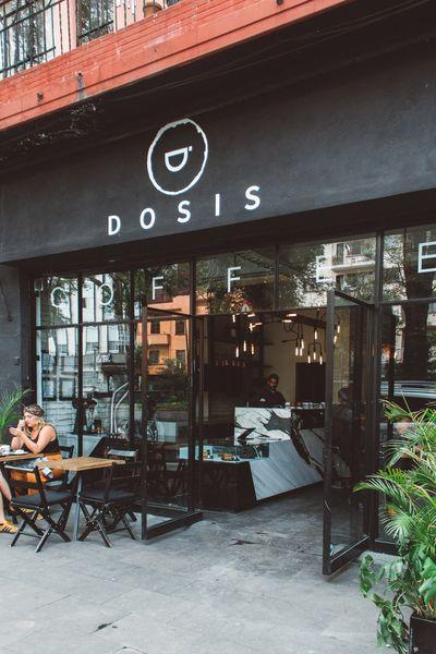 Toasts en Dosis Café