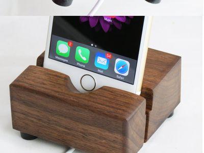 phone and iPad stand
