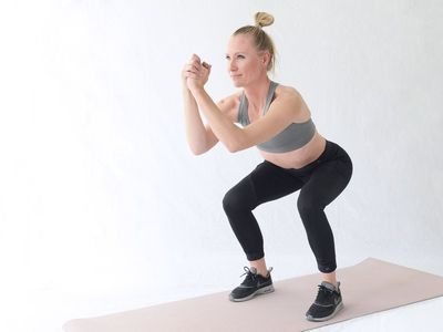 Personal Trainer verlieren Gewicht und lernen mit Essstäbchen zu essen
