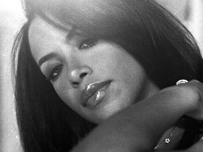 Aaliyah (R.I.P)