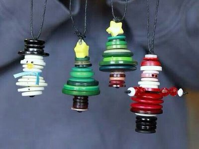 Christmas Button Ornaments and Art