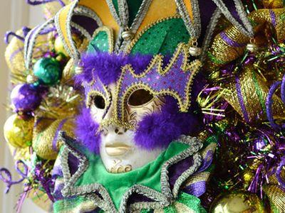 Mardi Gras Home Decor , Wedding & Table Decor & everything peacock & Saints Gear