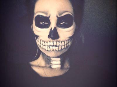 Nouveau Crâne de mort goth Bébé Chaussons Halloween Newborn Hand Knit par Annie
